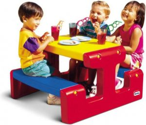 little-tikes-primary-picknicktafel